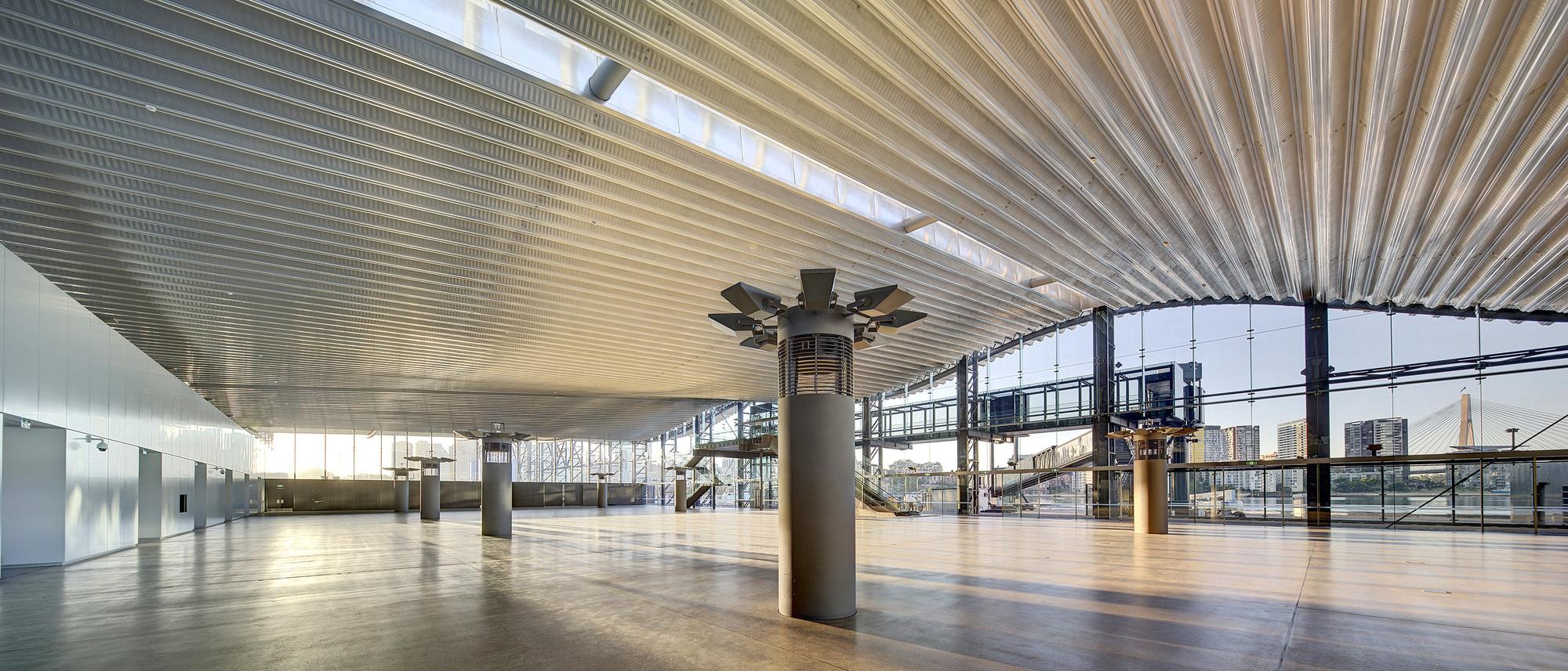 Intricate ceiling engineering
